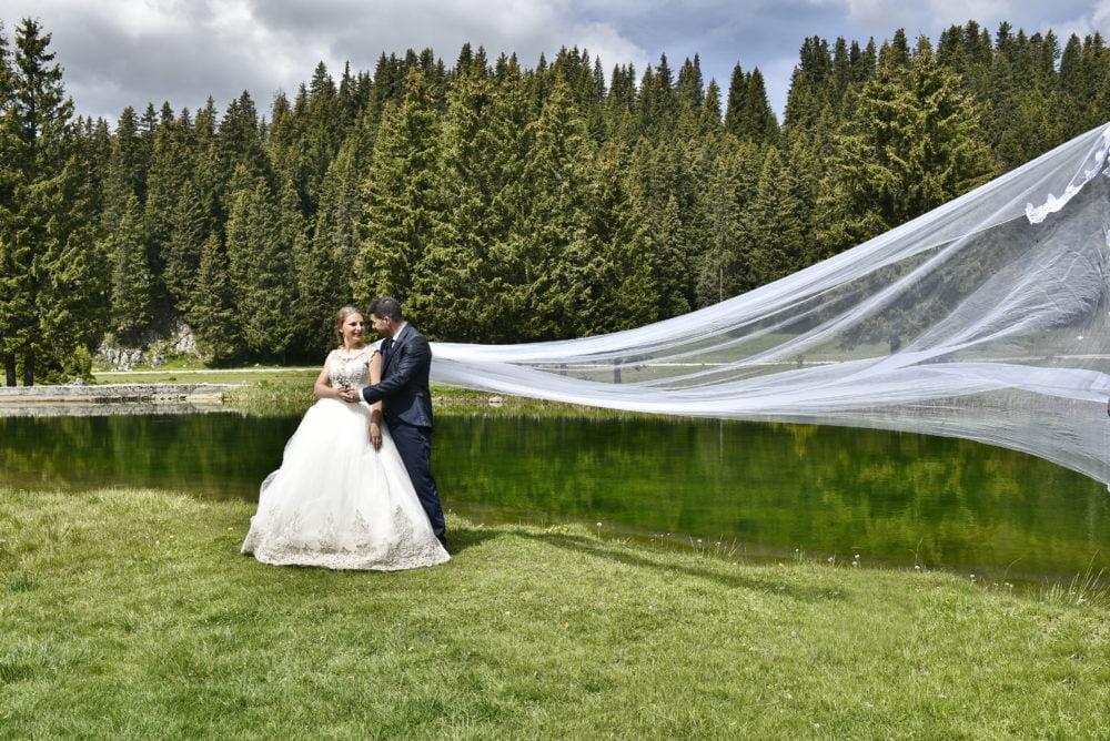Sorin Lazar Photography - Fotograf profesionist recomandat de Muzica Pentru Nunta si Radu Baron pentru o nunta de succes. Dispune de echipament profesional.