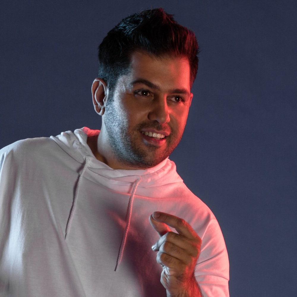 Serkan este un solist de origine turca ce are in repertoriu: Muzica Turceasca; Arabeasca; Folclor Turcesc; Slow Turcesc; Pop Turceasc; Muzica Greceasca